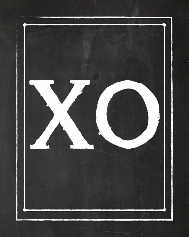 XO Chalk - 8x10